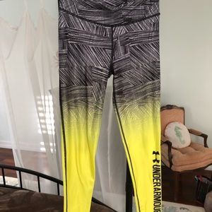 Under Armour workout leggings. M
